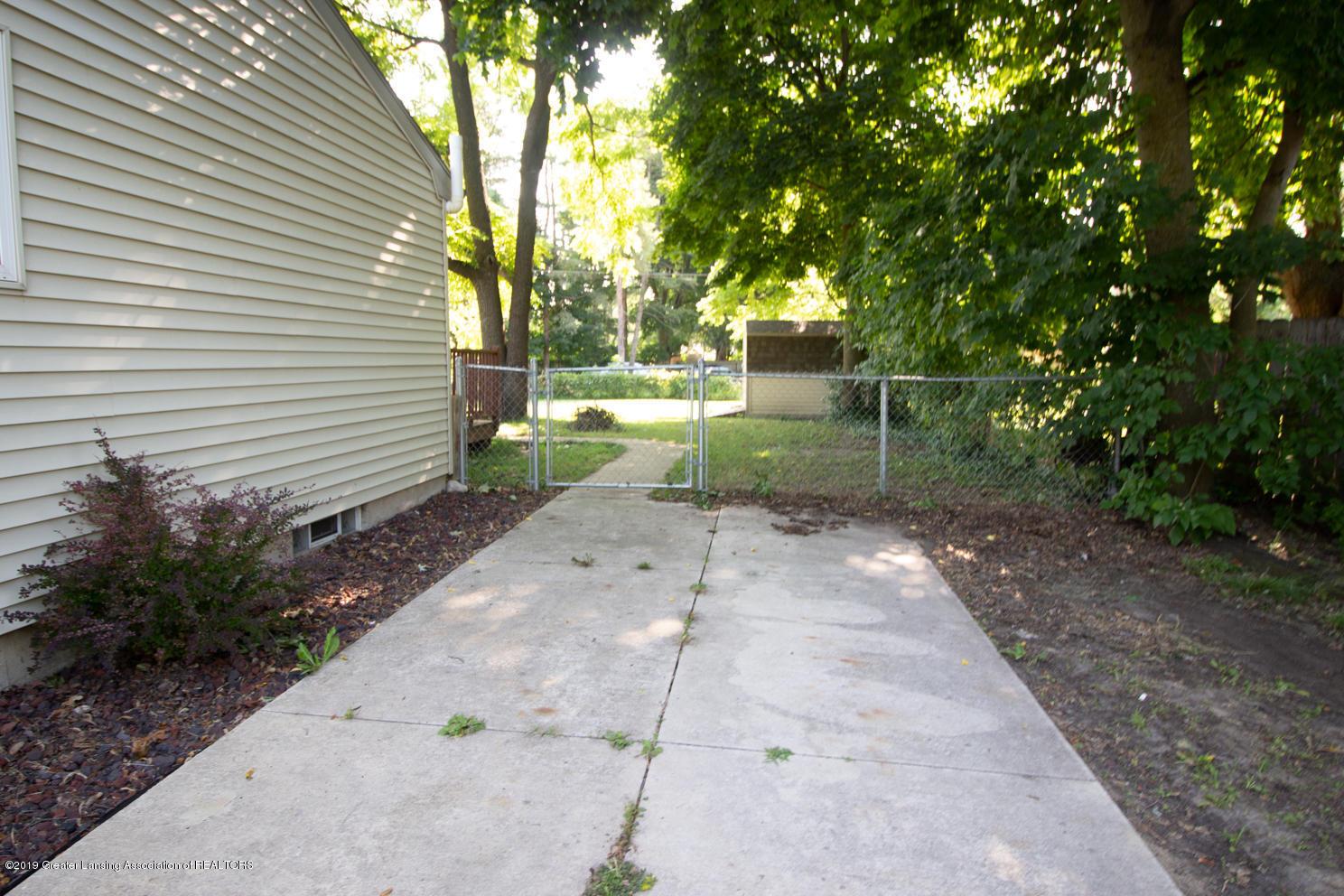 3401 Churchill Ave - IMG_9281 - 16
