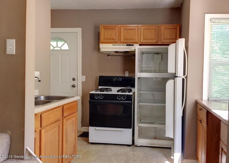 619 S Magnolia Ave - Kitchen - 7