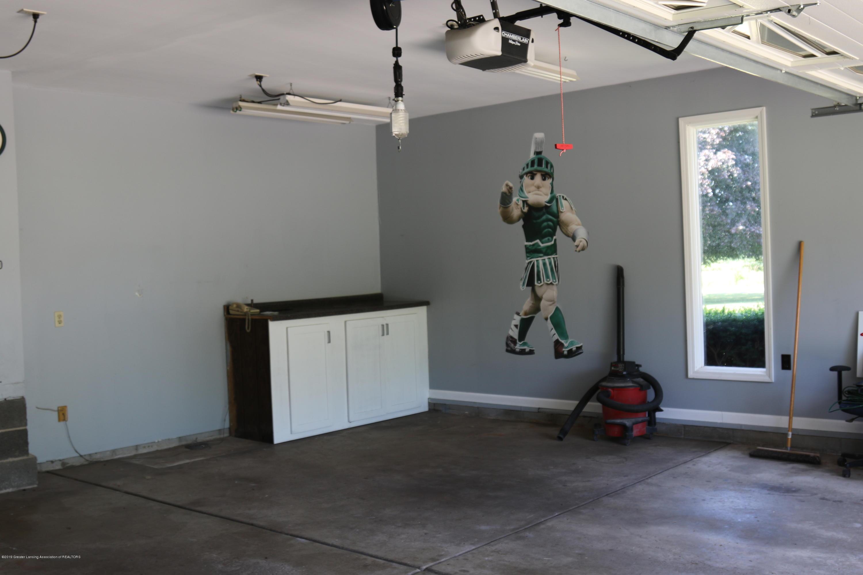 5867 Houston Rd - Garage - 58
