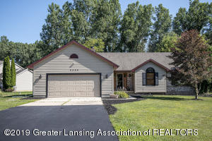9455 E Lookout Point, Laingsburg, MI 48848