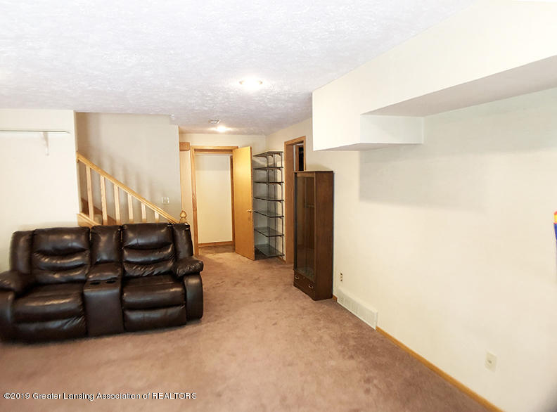11821 W Andre Dr - 27 - 33
