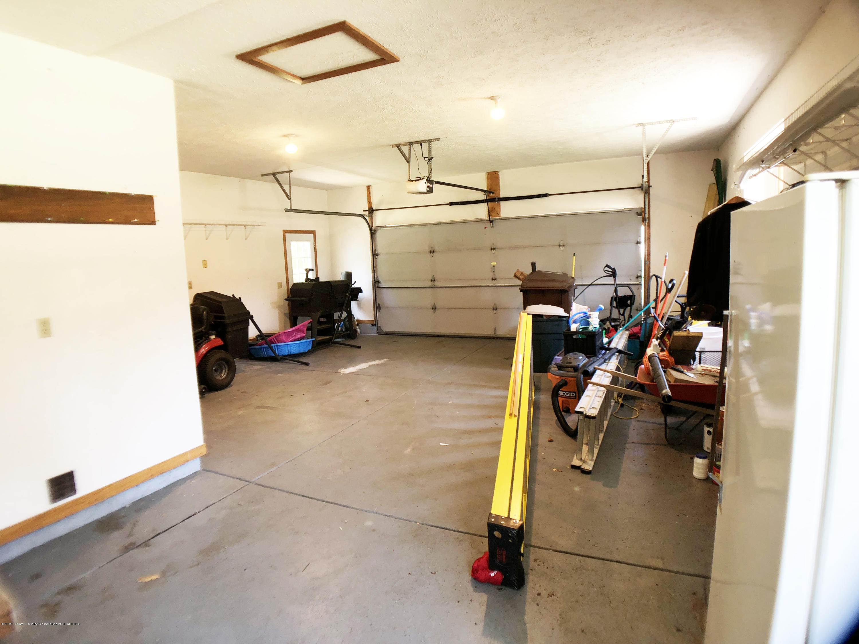 11821 W Andre Dr - 38 - 44