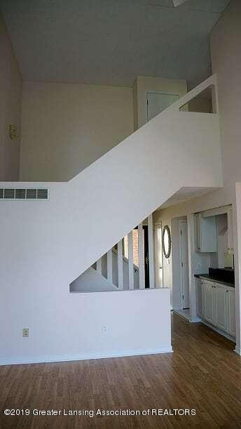 2325 Coyote Creek Dr 12 - stairs - 6