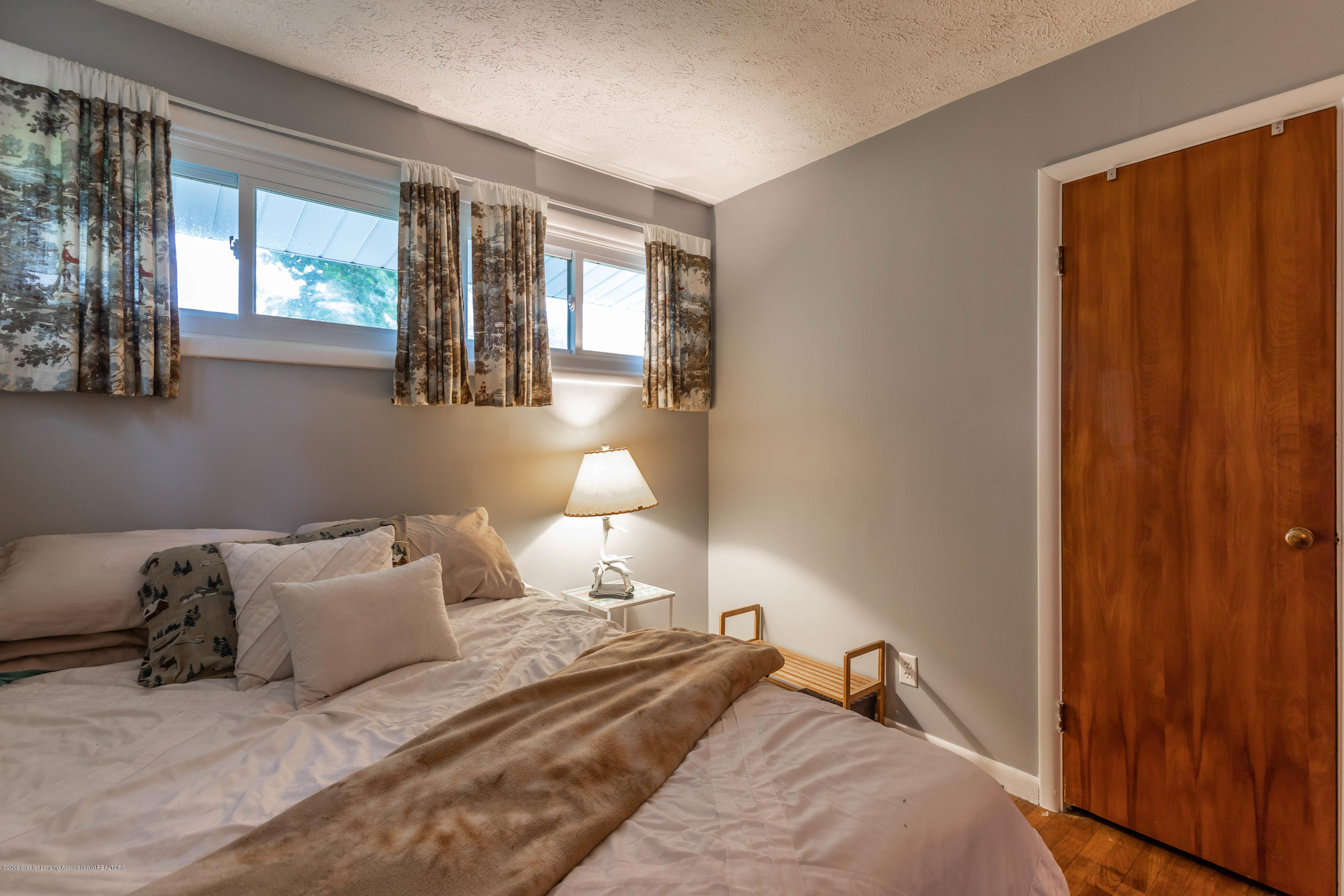 2444 W Kimmel Rd - kimmelbed21 (1 of 1) - 21