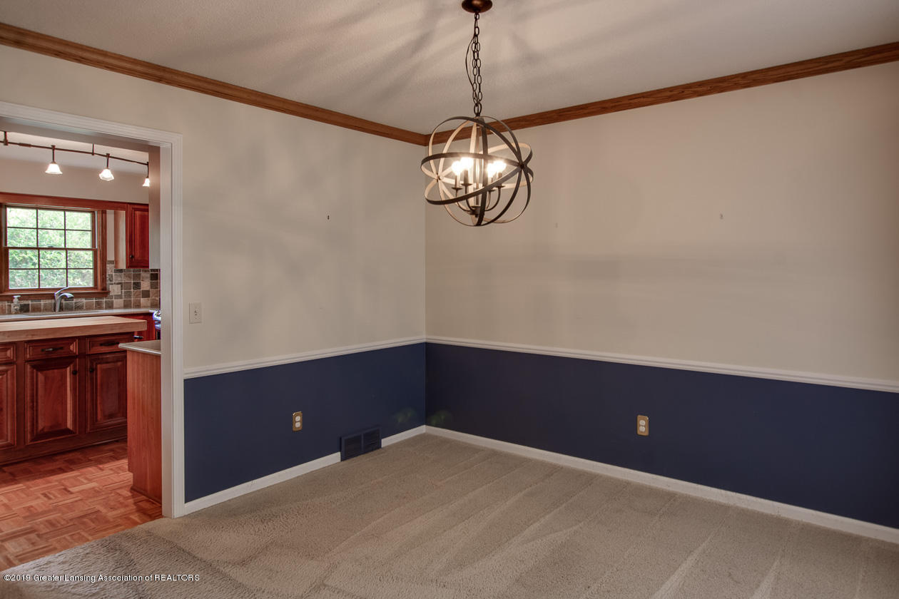 1374 Silkwood Dr - Formal dining room - 12