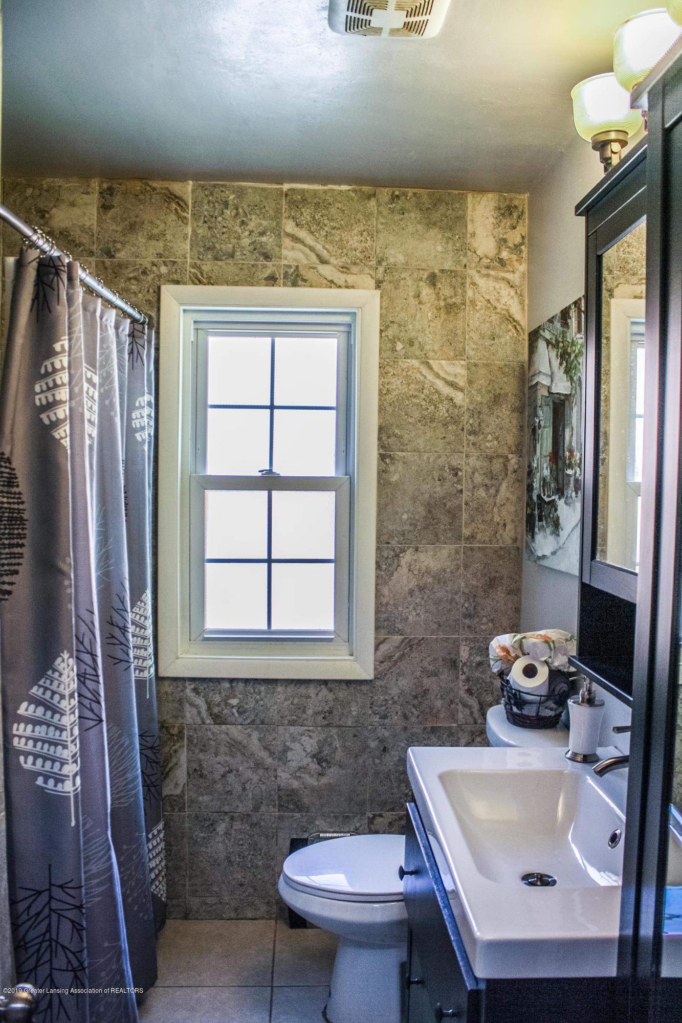515 Durand St - Bathroom - 21