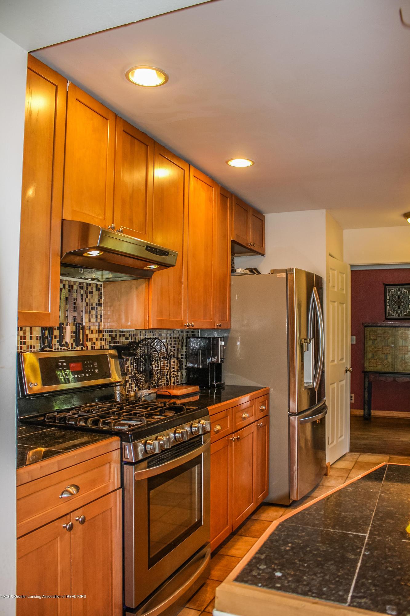 515 Durand St - Kitchen - 11