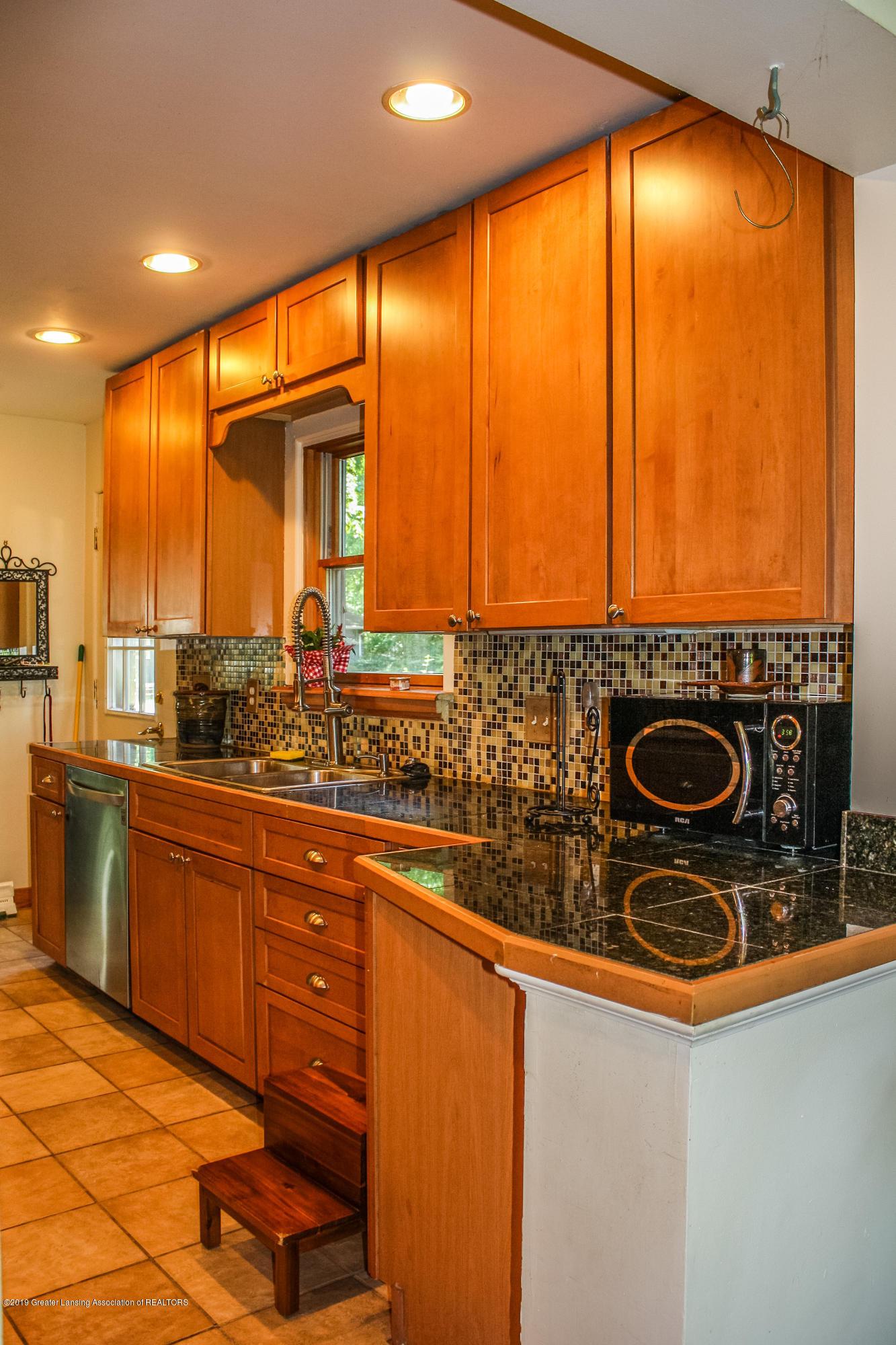 515 Durand St - Kitchen - 12