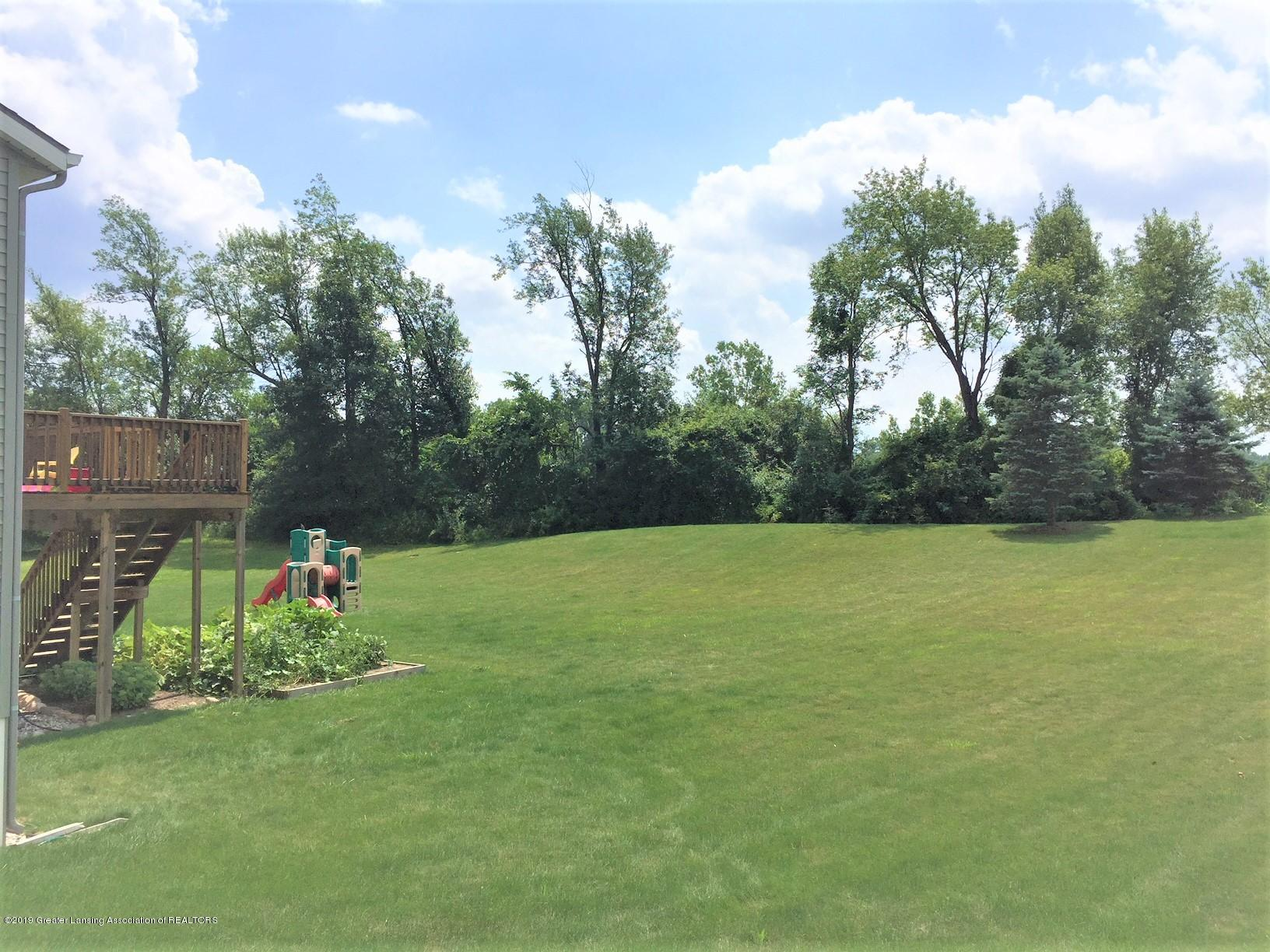 1531 Wellman Rd - Rear Yard - 3