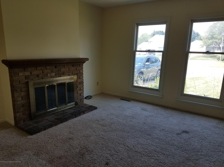 4507 Wildflower Way - Living Room - 8