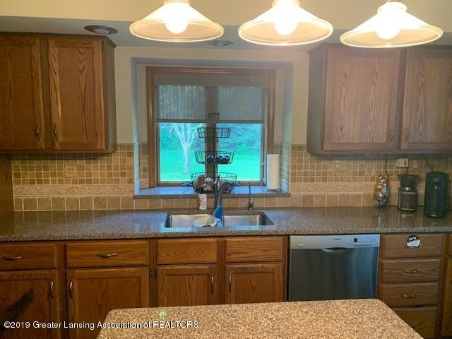 161 Gale Rd - Kitchen 5 - 7
