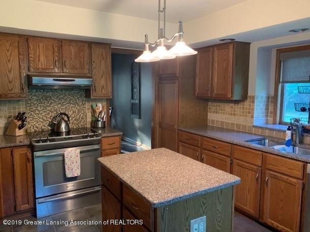 161 Gale Rd - Kitchen - 8