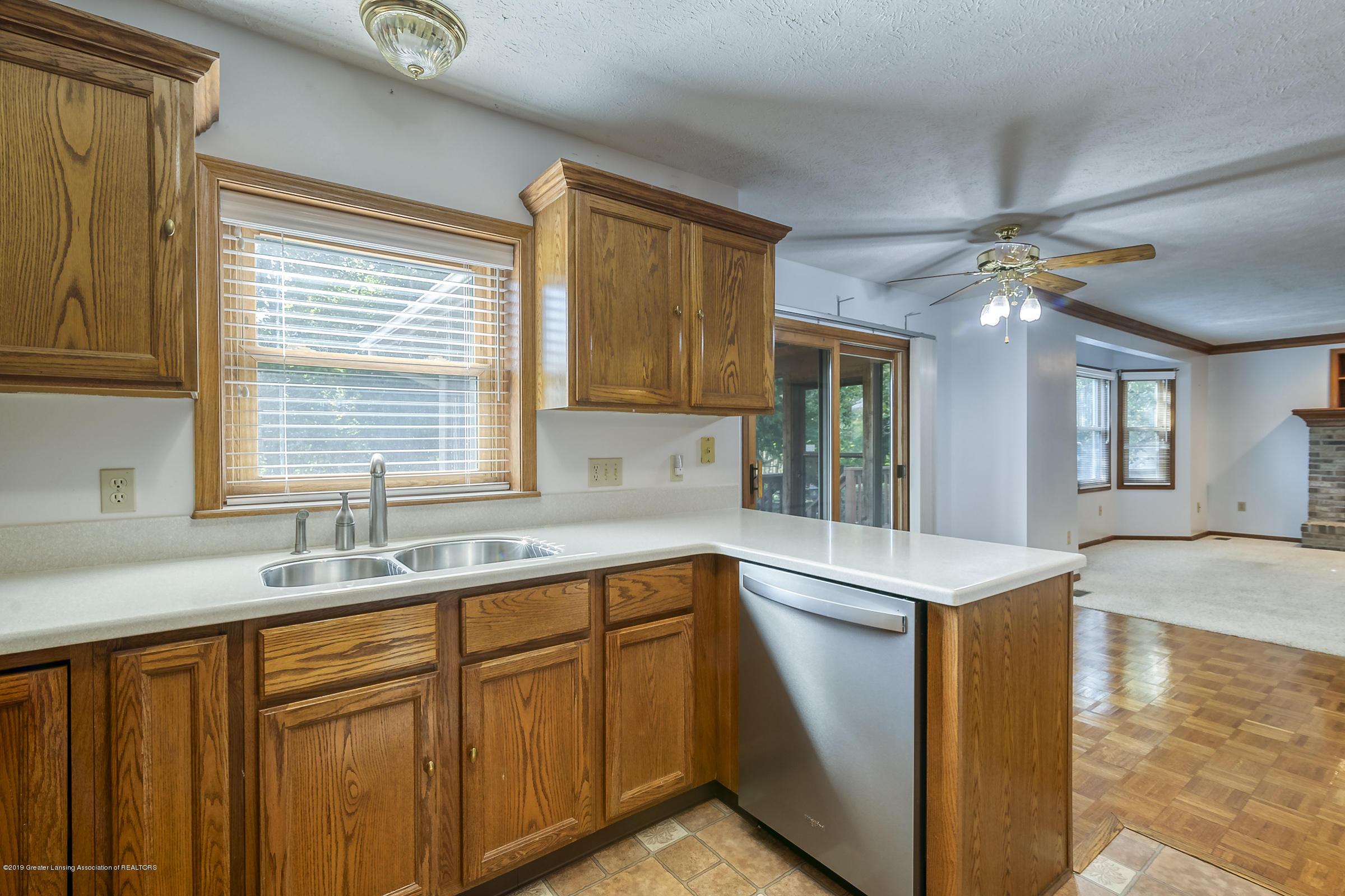 2343 Chisholm Ct - KITCHEN - 10