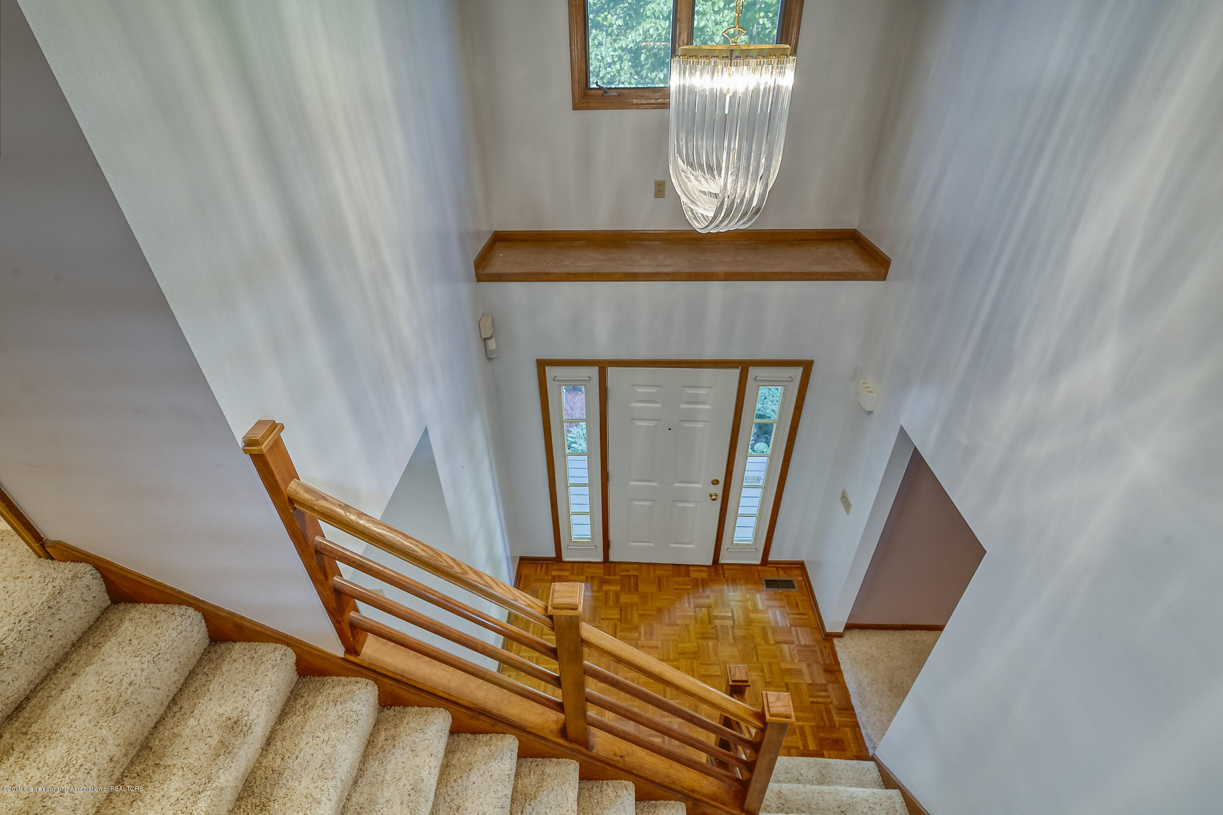 2343 Chisholm Ct - 2-STORY ENTRY - 19