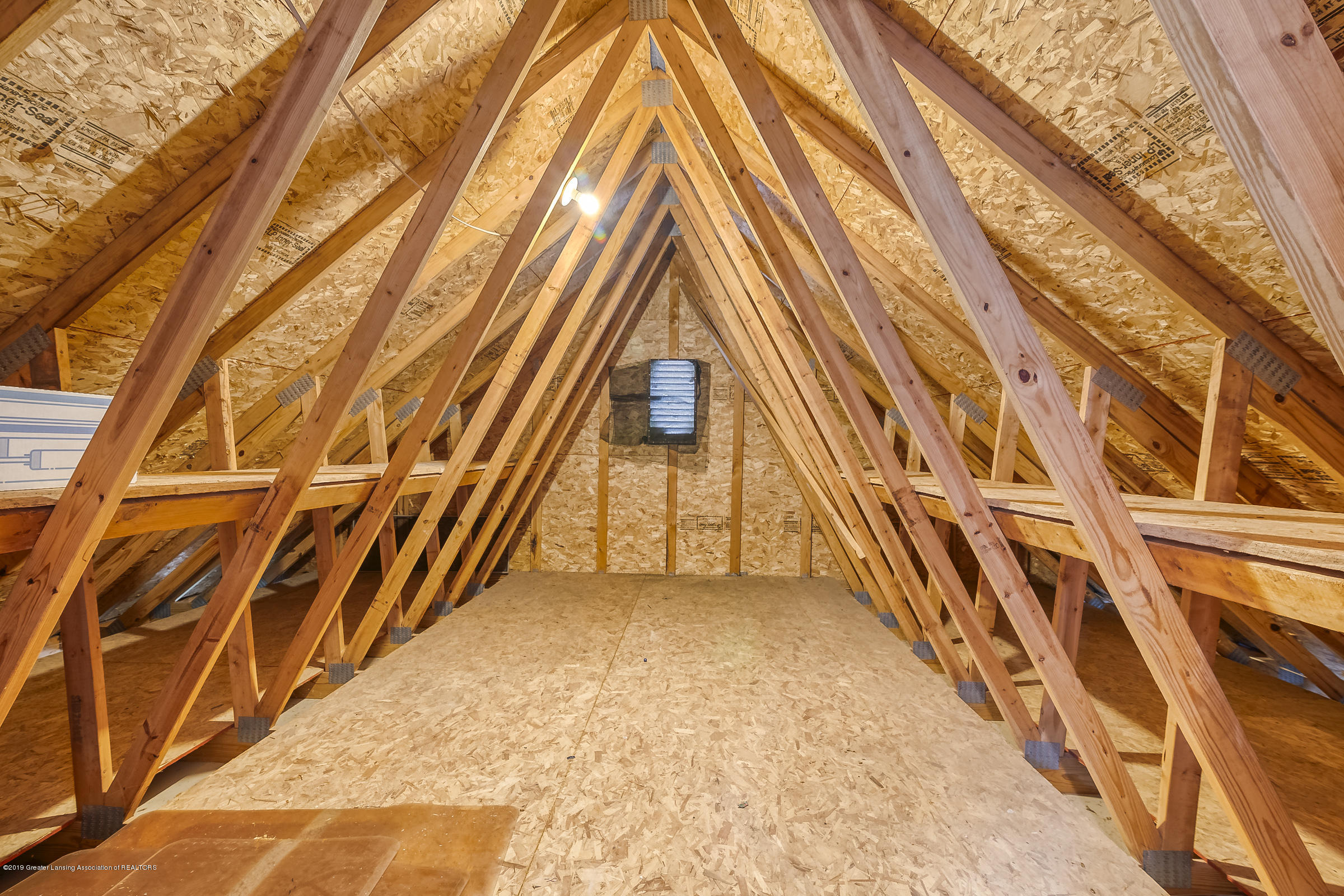 2343 Chisholm Ct - INSULATE ATTIC - 31