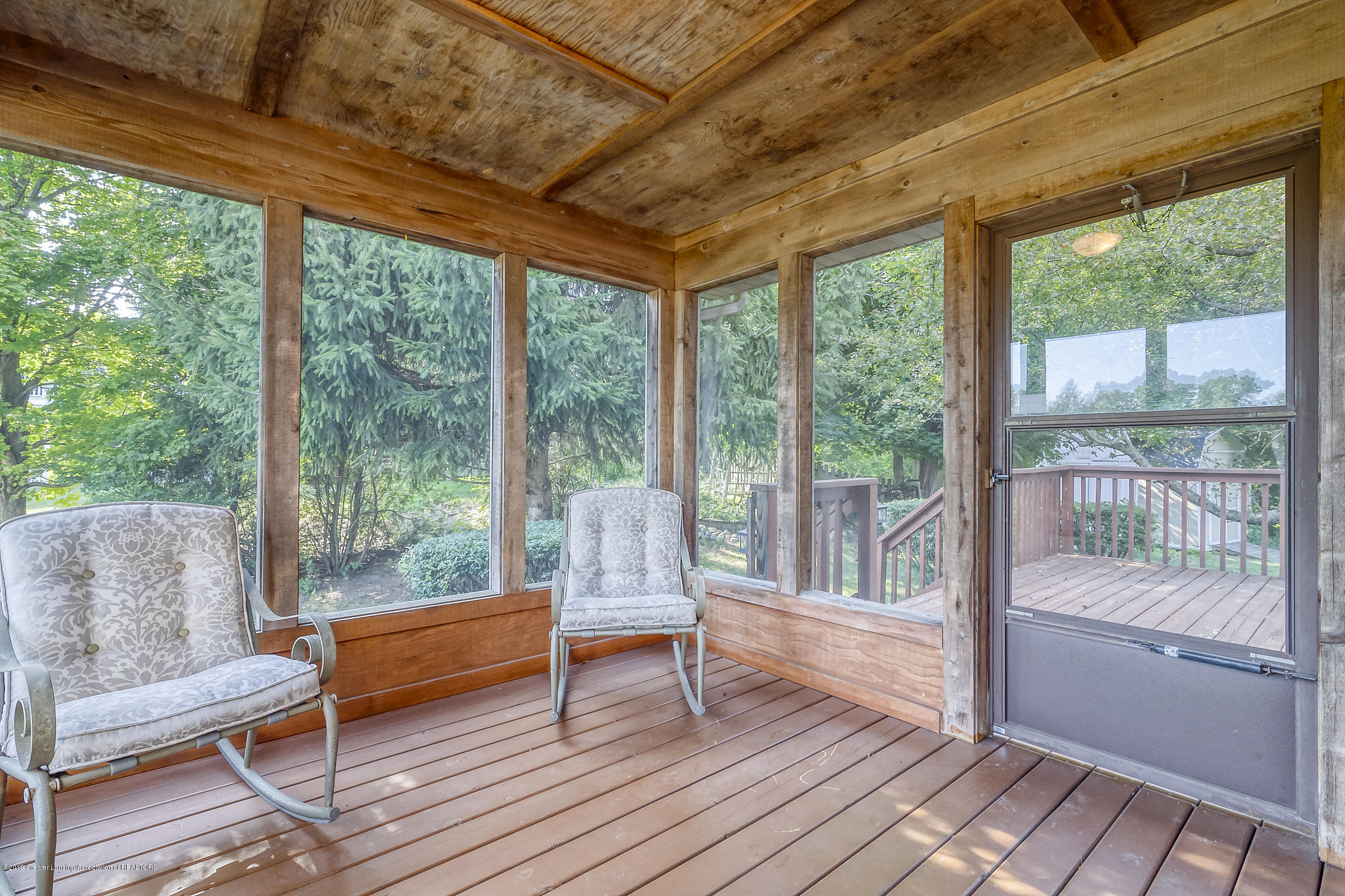 2343 Chisholm Ct - SCREENED PORCH - 39