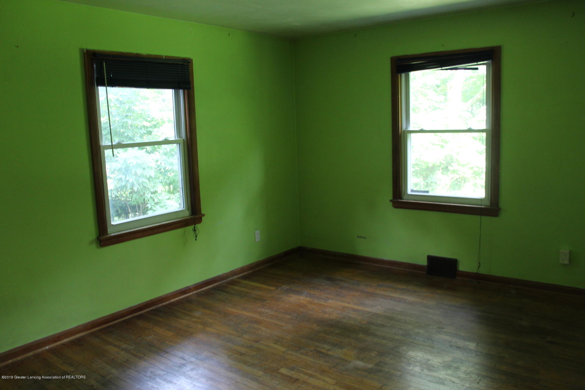 234 N Hagadorn Rd - Bedroom 1 - 6
