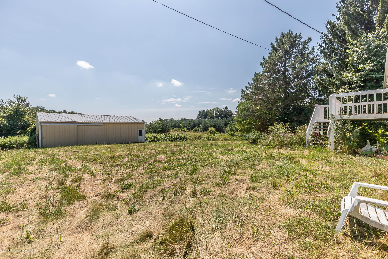 5695 W Pratt Rd - Pole barn - 22