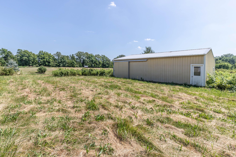 5695 W Pratt Rd - Pole Barn - 20