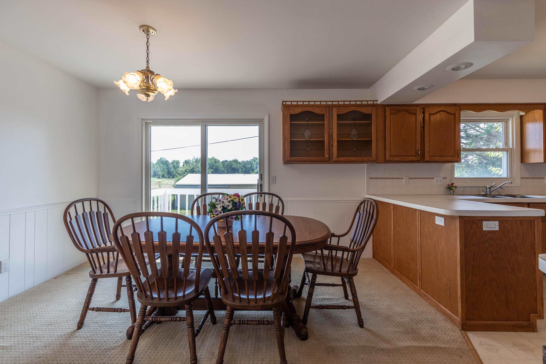 5695 W Pratt Rd - Dining Room - 10