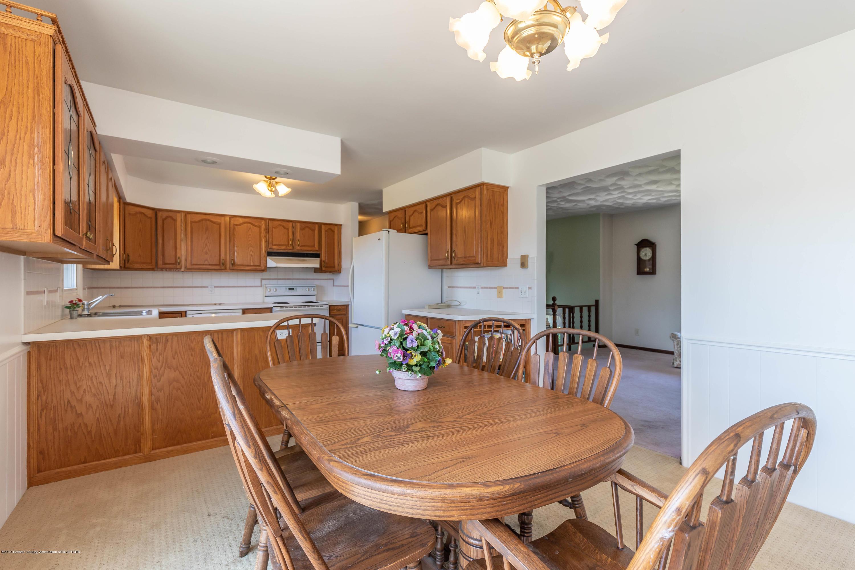 5695 W Pratt Rd - Dining Room - 9