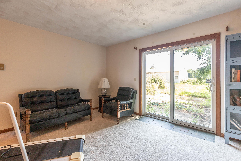 5695 W Pratt Rd - Family room - 15