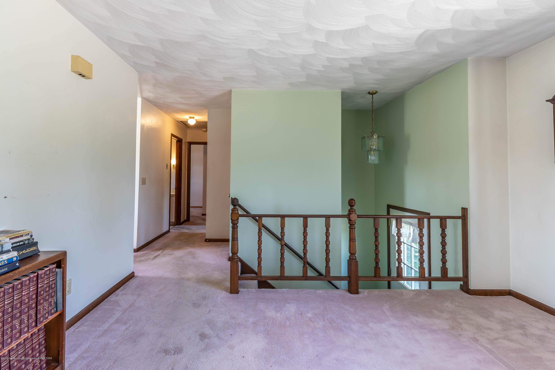 5695 W Pratt Rd - Living Room - 3