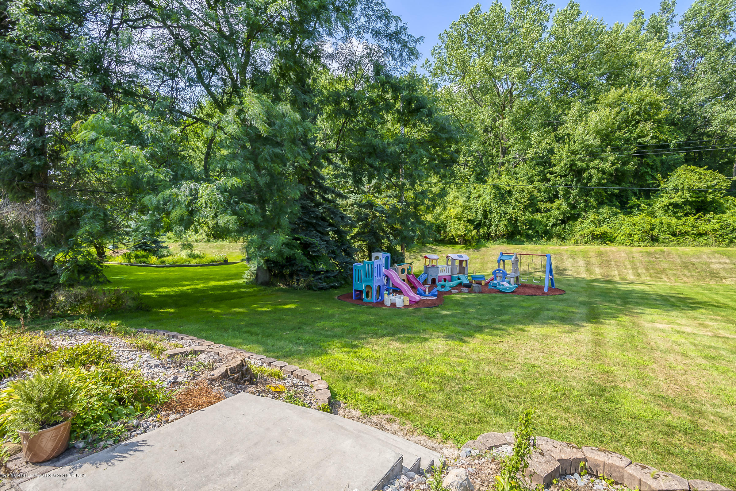 5152 River Ridge Dr - YARD - 35