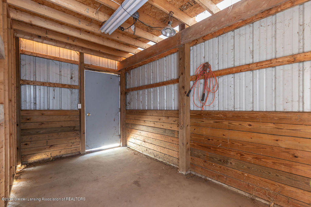 684 W Spicerville Hwy - spicerbarn3(1of1) - 39