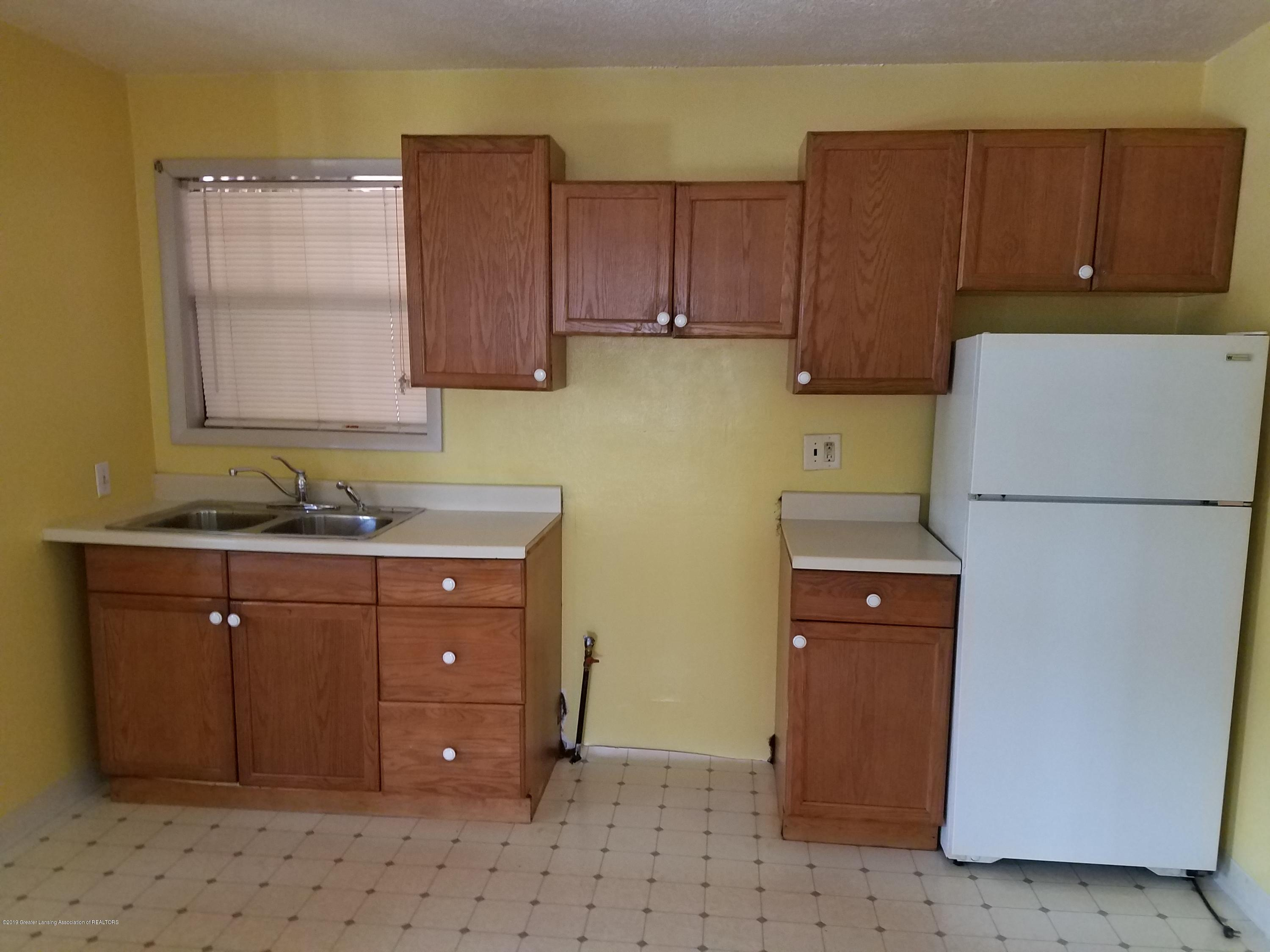 5420 S Martin Luther King Jr Blvd - Kitchen - 6
