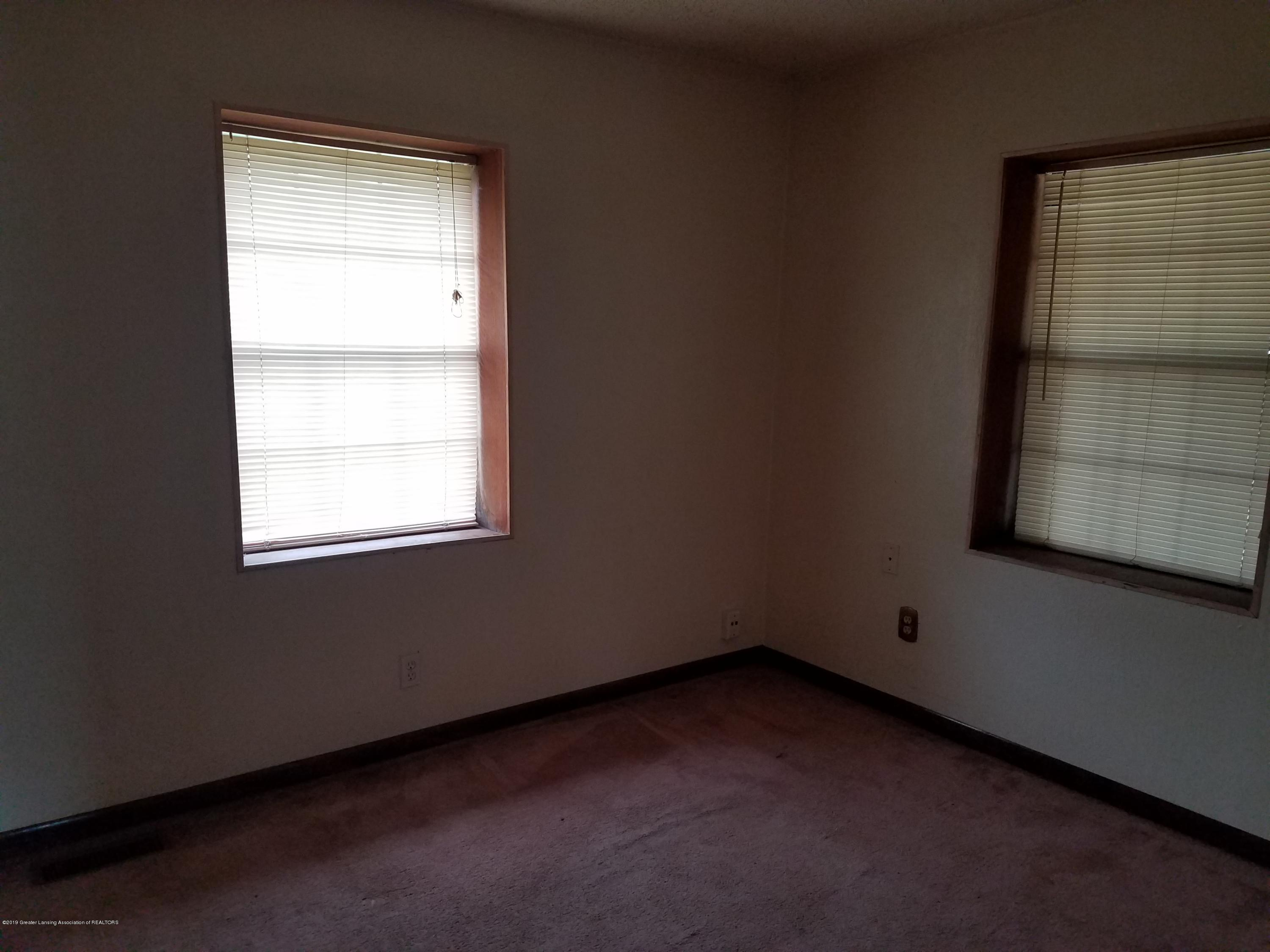 5420 S Martin Luther King Jr Blvd - Bedroom - 9