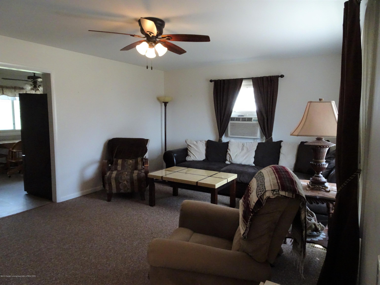 9060 W Beard Rd - Livingroom - 19