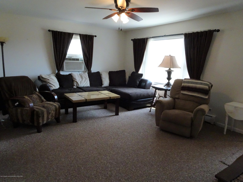 9060 W Beard Rd - livingroom - 21