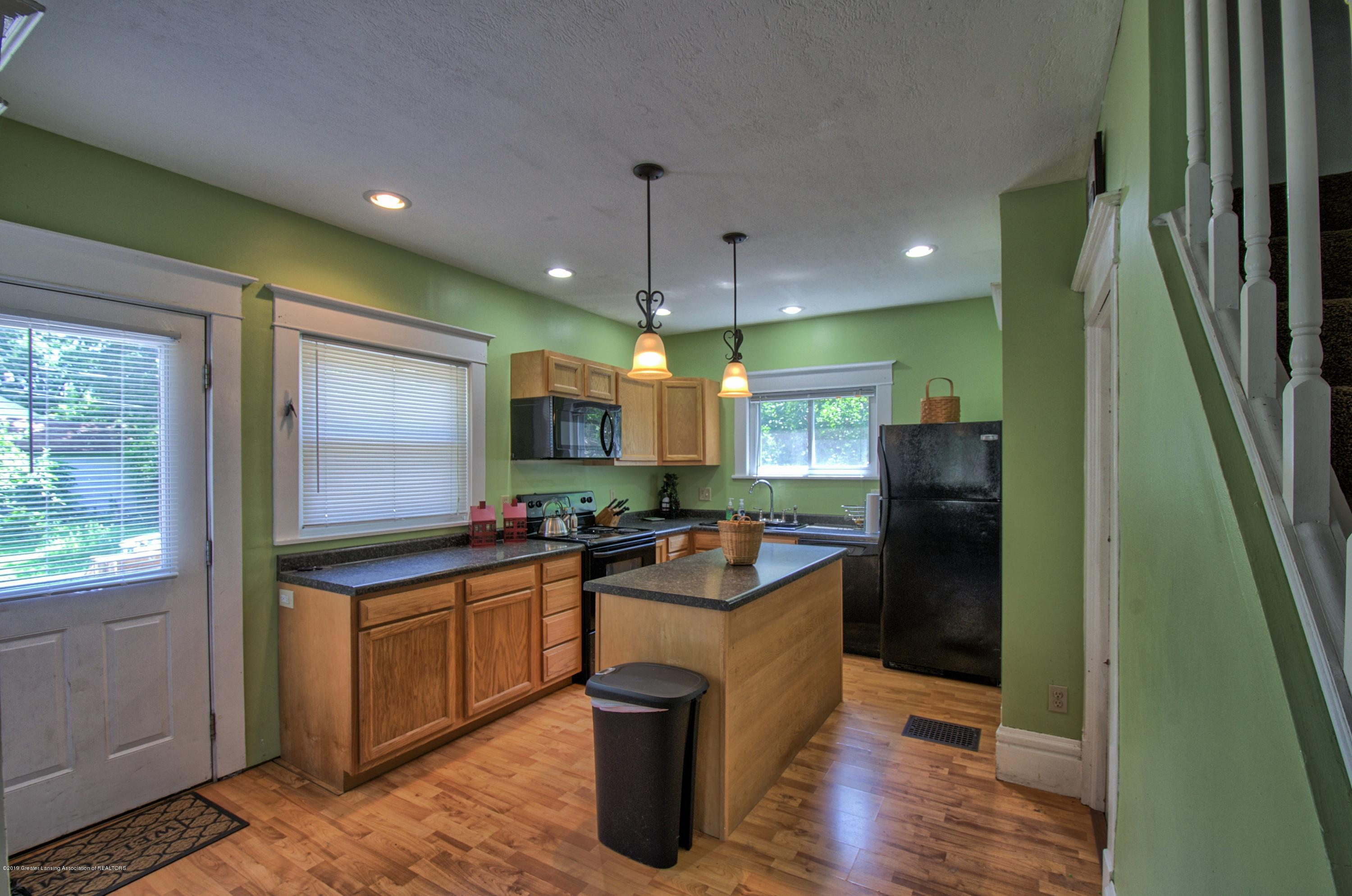 326 W Main St - Kitchen - 6