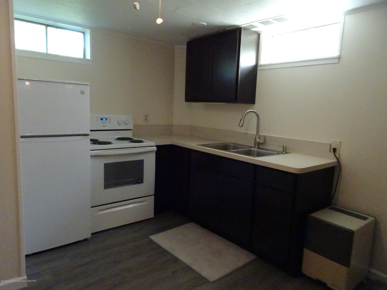 9060 W Beard Rd - apt kitchen - 30