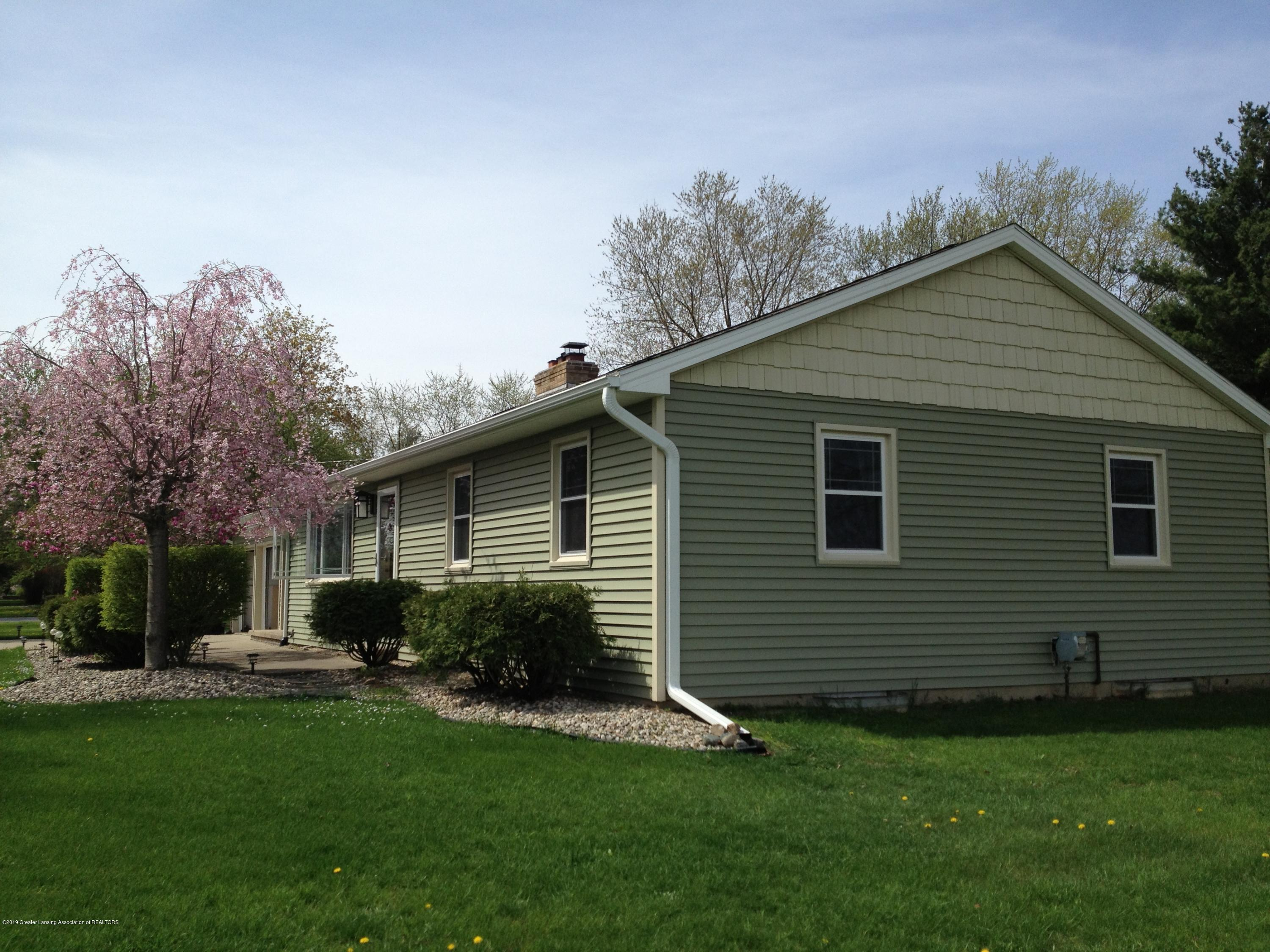 754 Ives Rd - IMG_1313 - 2