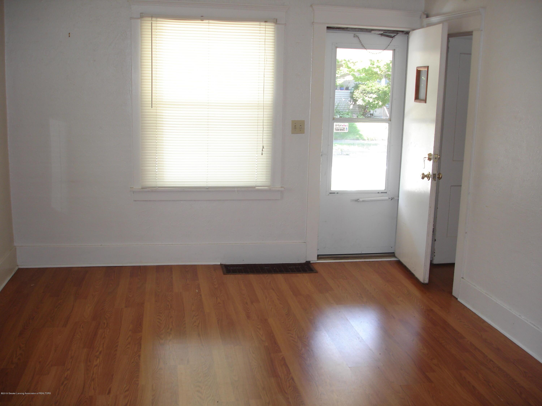306 N Francis Ave - DSC06583 - 9