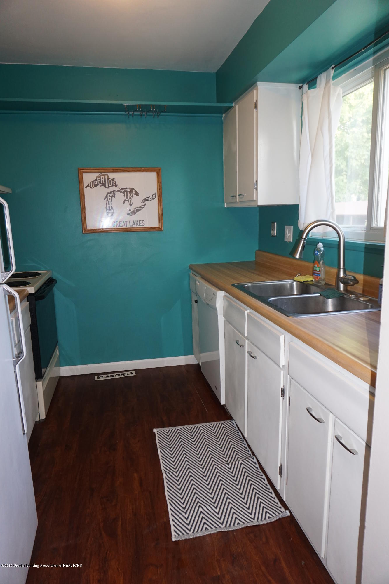 926 Trafalger Ln - Kitchen - 3