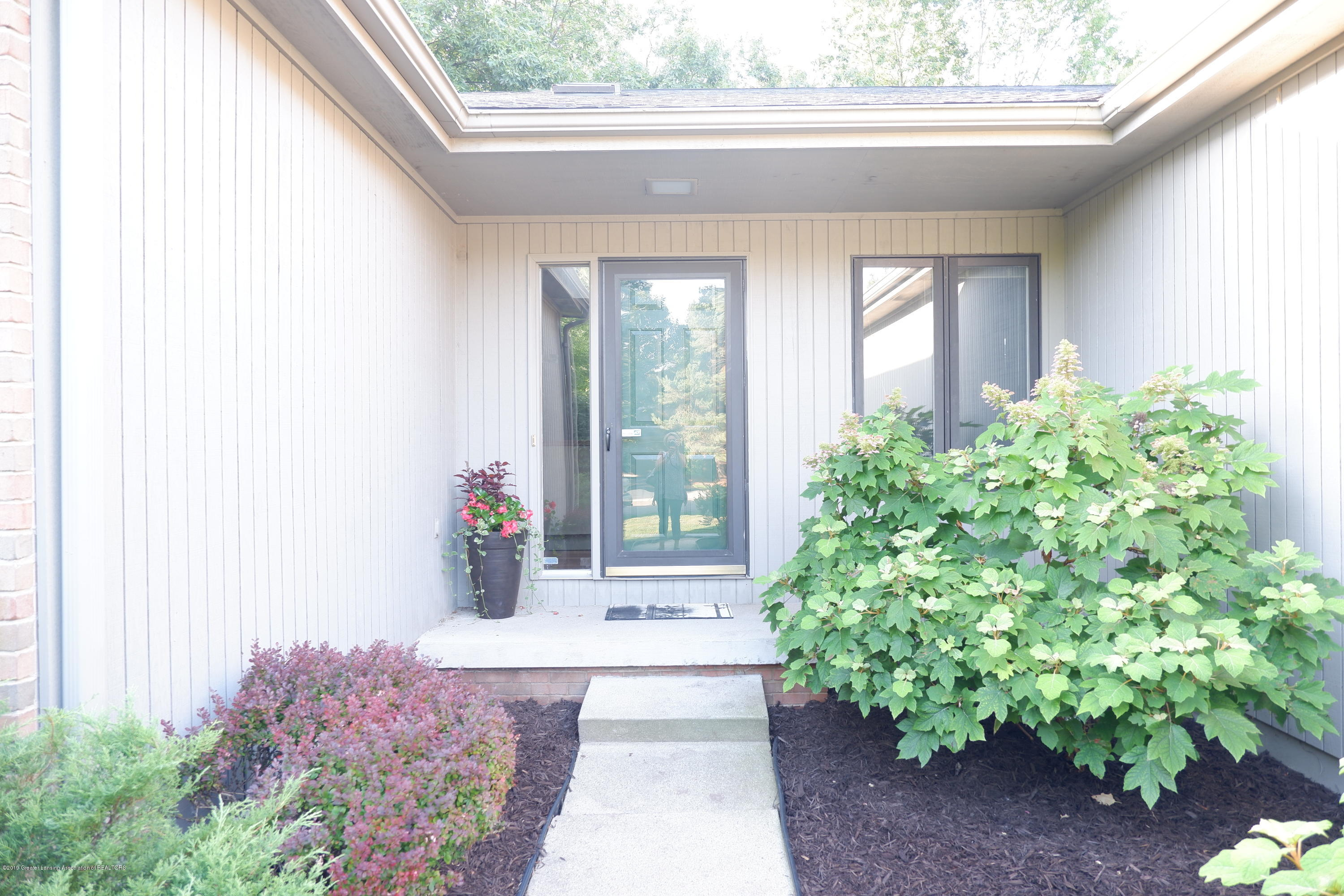 5250 E Hidden Lake Dr 89 - Welcoming entry - 2