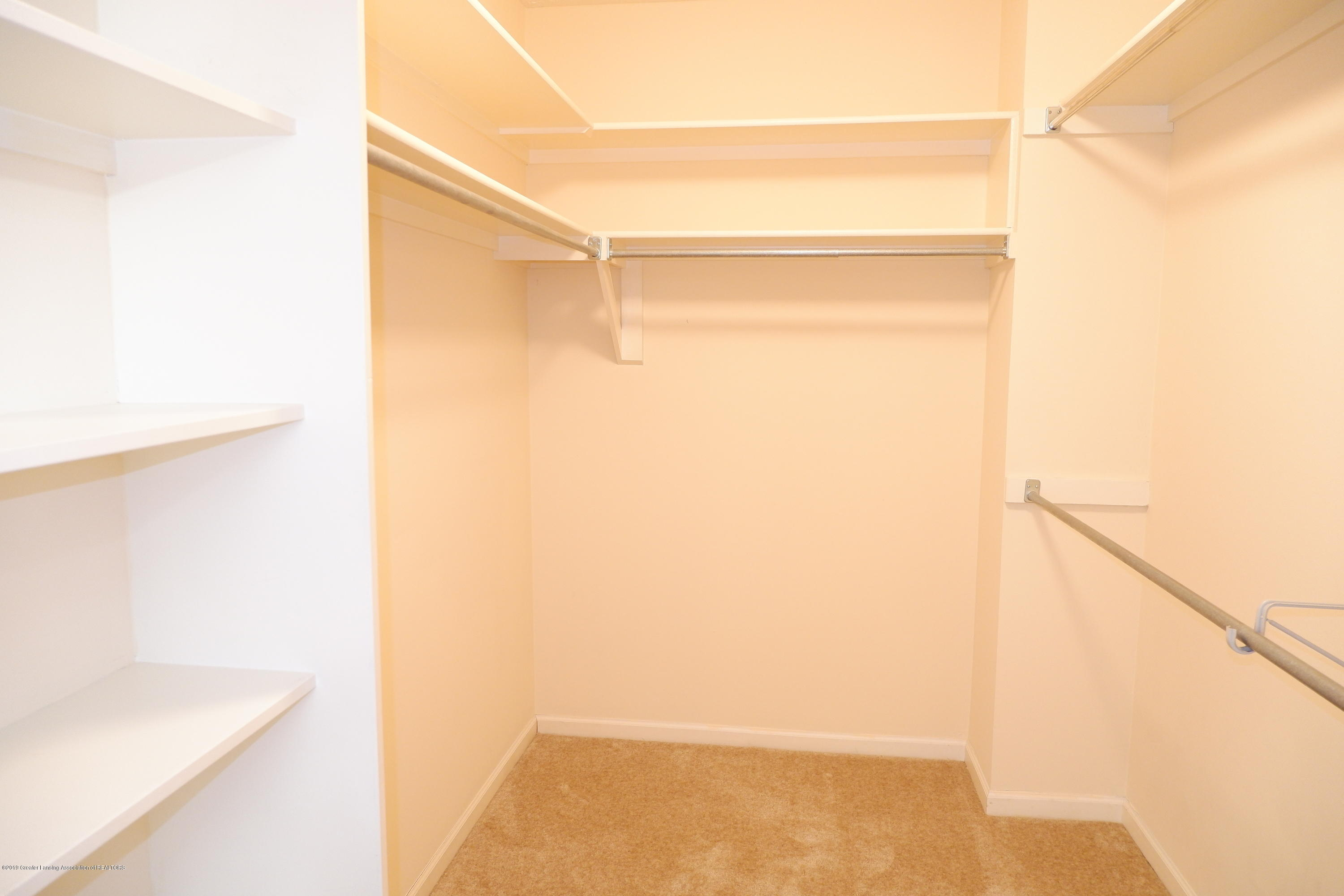 5250 E Hidden Lake Dr 89 - Huge walk-in closet - 21