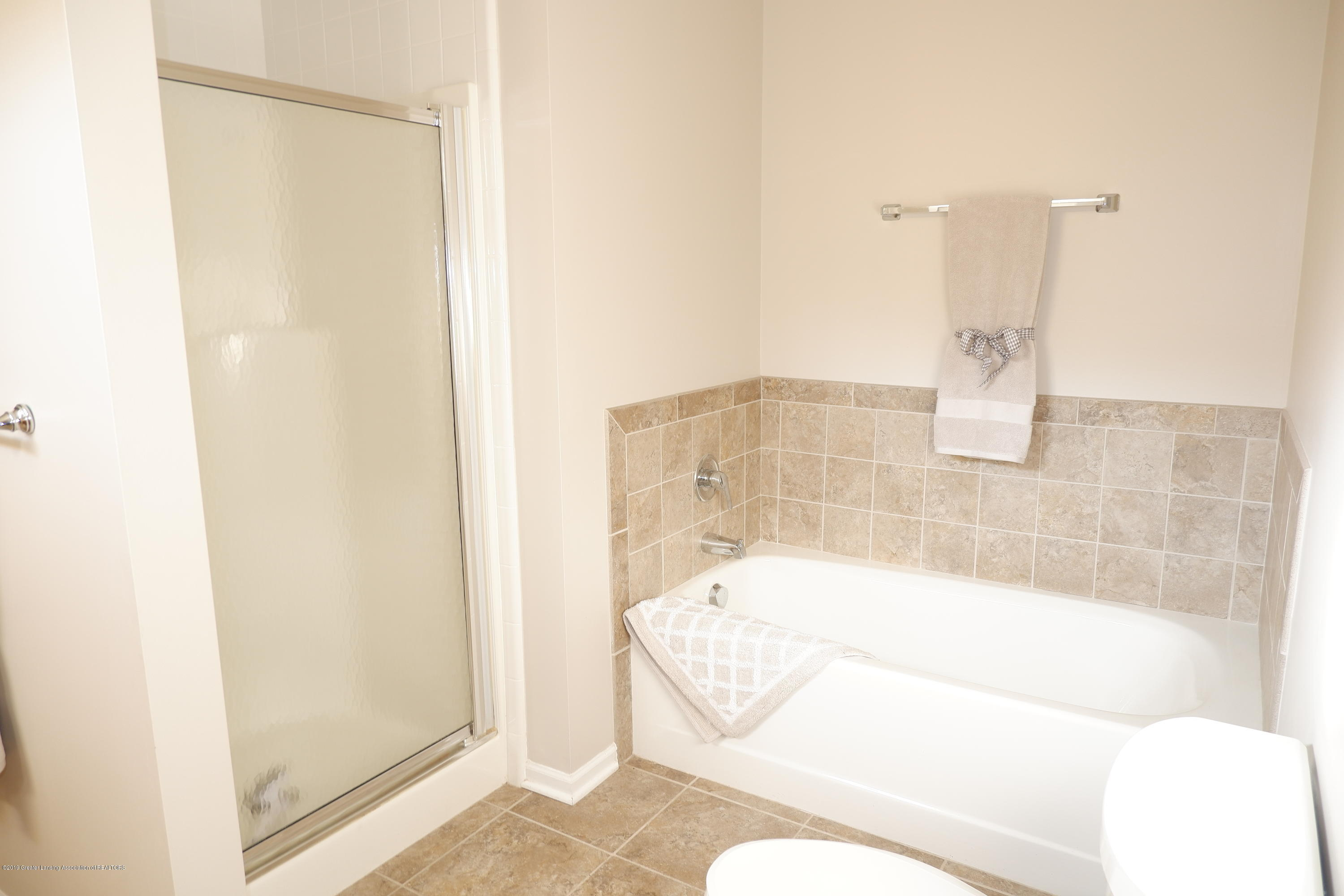 5250 E Hidden Lake Dr 89 - Shower plus bathtub - 22