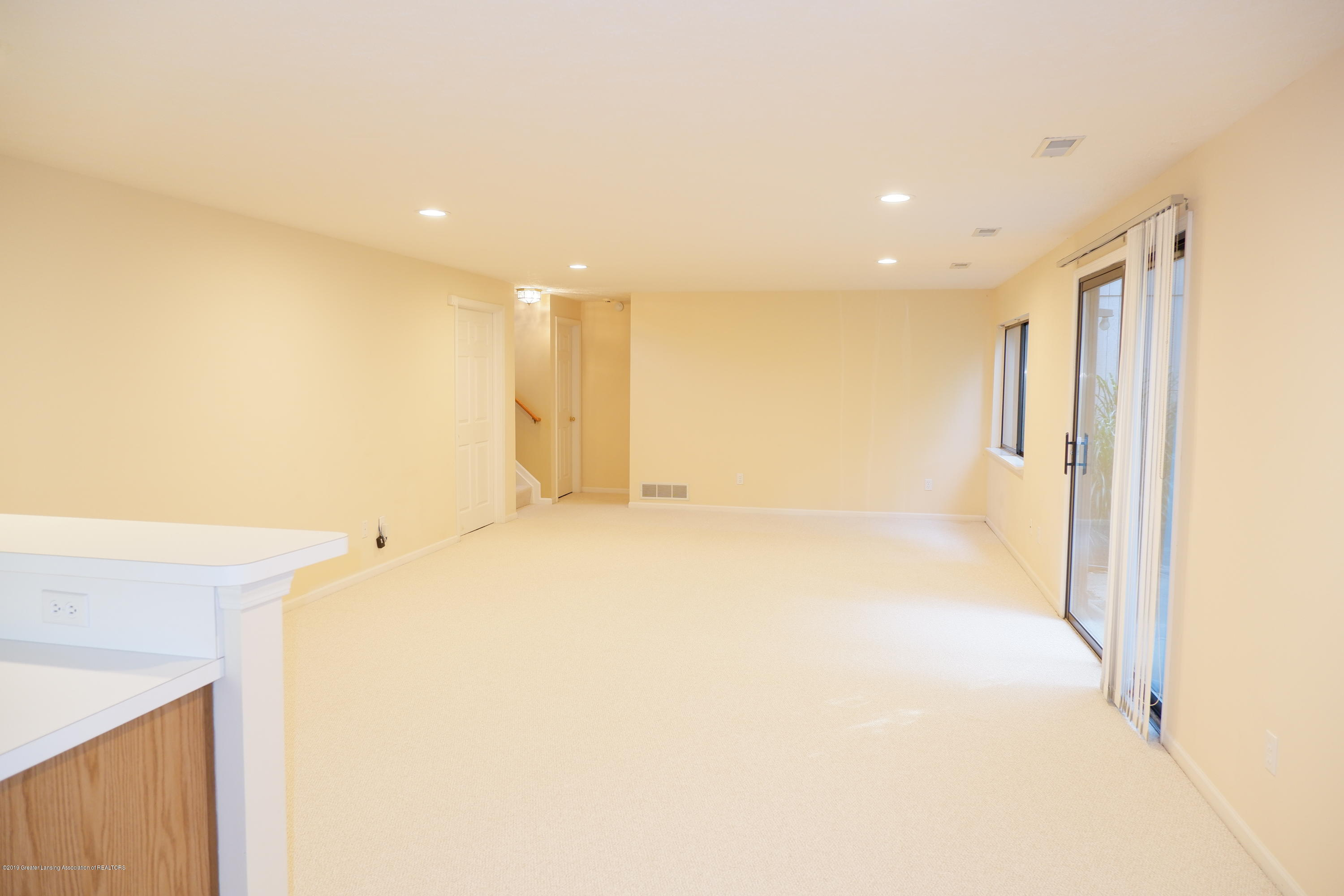 5250 E Hidden Lake Dr 89 - Lower level family room - 29