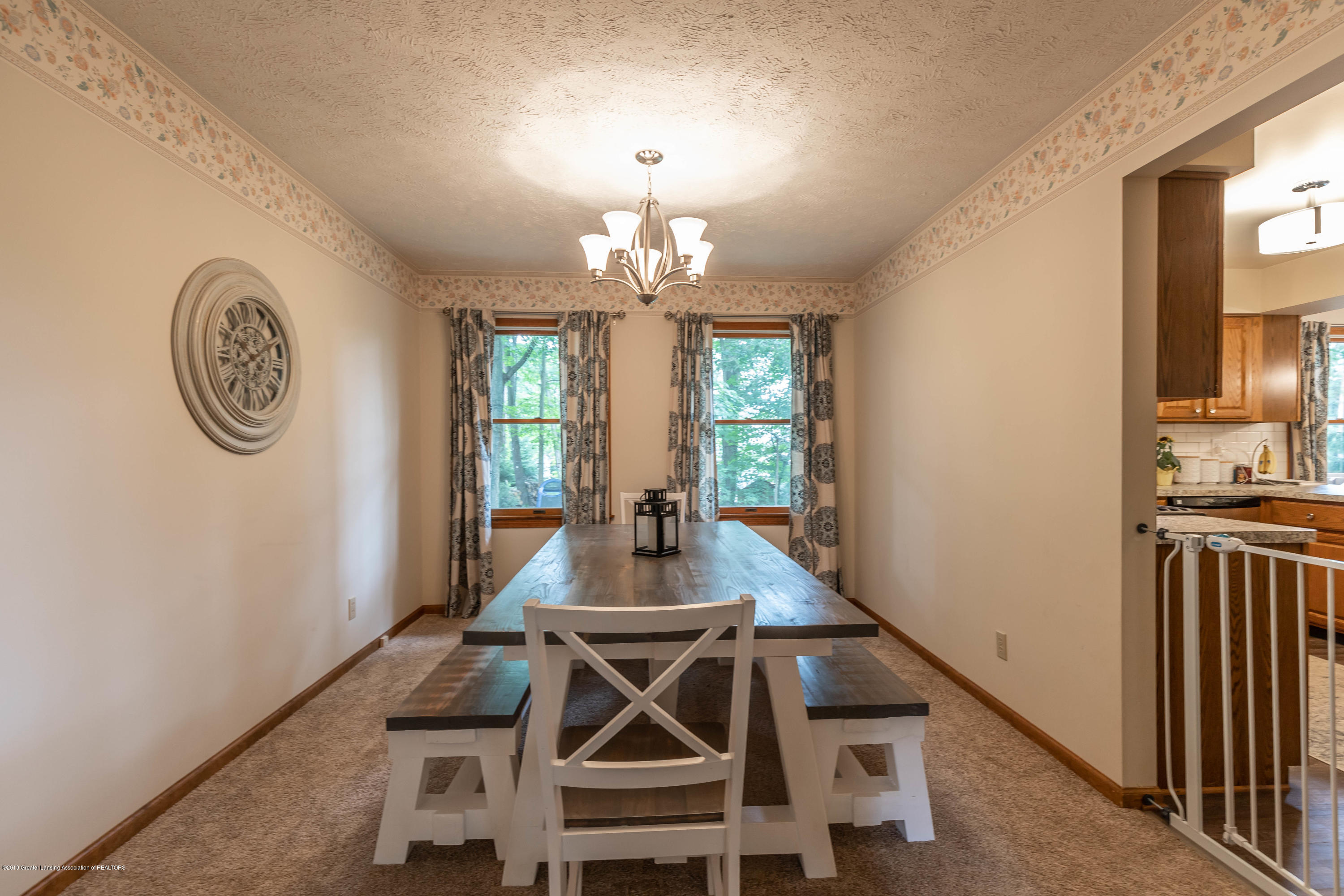 13210 White Pine Dr - Dining - 10
