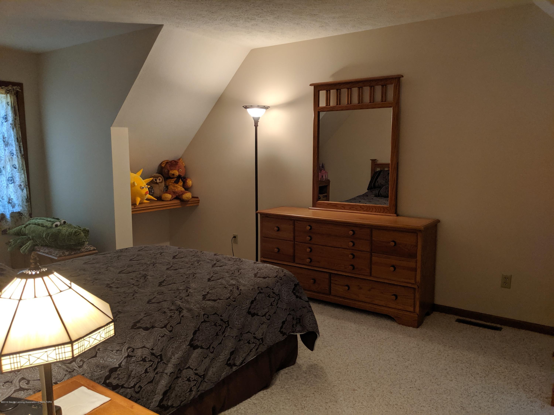 9505 Oneida Rd - 2nd floor bedroom - 35