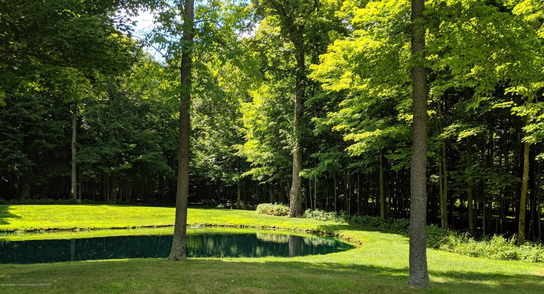 9505 Oneida Rd - Aerated Pond - 37