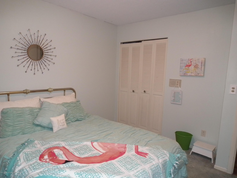 5600 Grand River Dr - Bedroom 3 b - 34