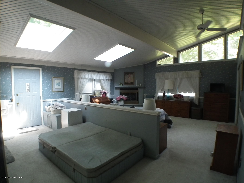 5600 Grand River Dr - Master bedroom a - 21