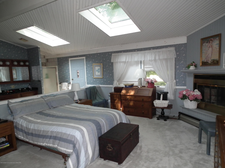 5600 Grand River Dr - Master bedroom c - 23