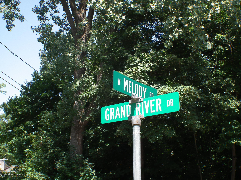 5600 Grand River Dr - Street corner - 57