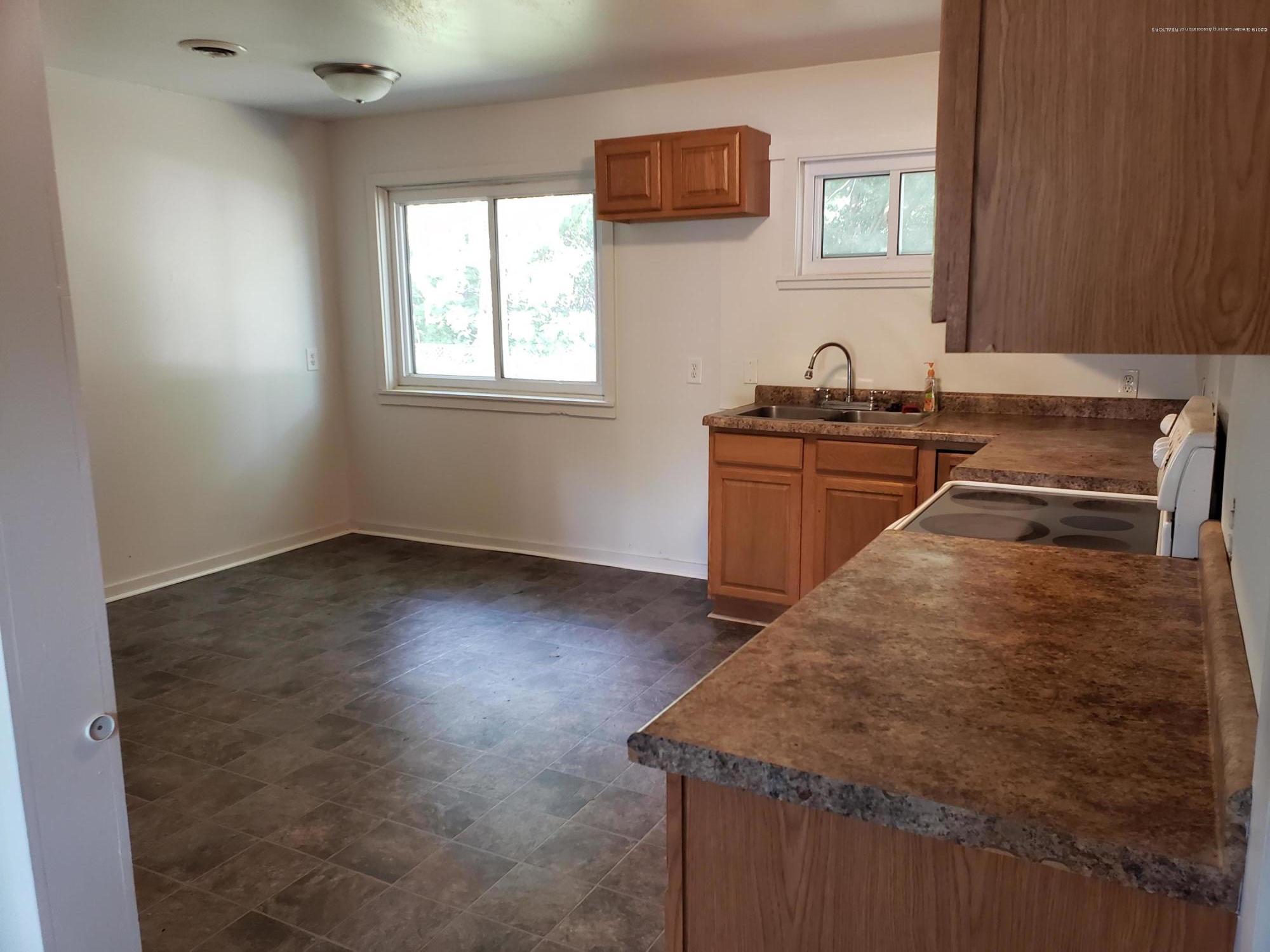 6037 Hughes Rd - Hughes Kitchen 2 - 3